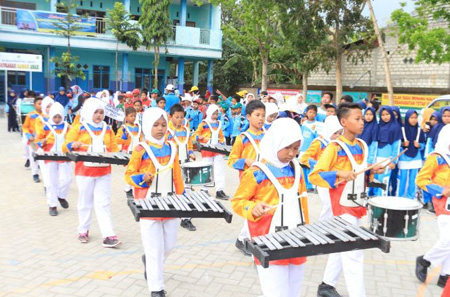 Kirab Drumband Porcab IV Balen